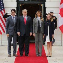 Melania Trump: en chaqueta y corbata al encuentro con los Trudeau