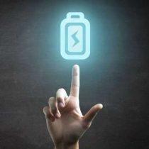 El sueño de muchos: científicos alemanes trabajan en tecnología que carga tu móvil con la energía generada por el propio cuerpo