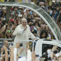 Cámara aprueba proyecto que permite rebajar impuesto a empresas que financien visita del Papa