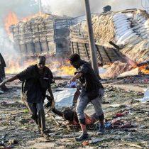 Asciende a 276 número de muertos en atentado bomba en Somalia