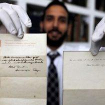 La teoría sobre la felicidad que Albert Einstein escribió en unas hojas sueltas y que fueron vendidas por US$1.500.000