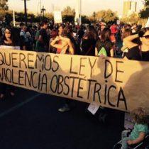 """""""Chile necesita una ley de parto respetado"""": mujeres que generan espacios para visibilizar y compartir experiencias sobre violencia obstétrica"""