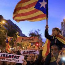 España: la multitudinaria manifestación en Barcelona por la liberación de los líderes independentistas de Cataluña