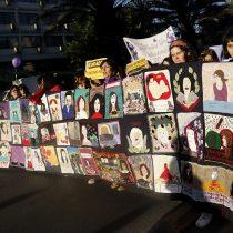 Chilenas marchan para acabar con violencia machista y feminicidios