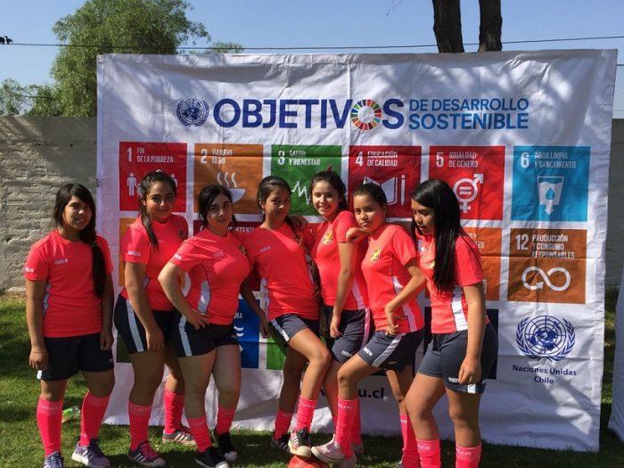 120 niñas y adolescentes participaron en torneo de fútbol femenino para fomentar la autoestima