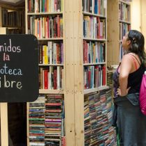Intercambio gratuito de libros en Plaza Mayor de Patio Bellavista