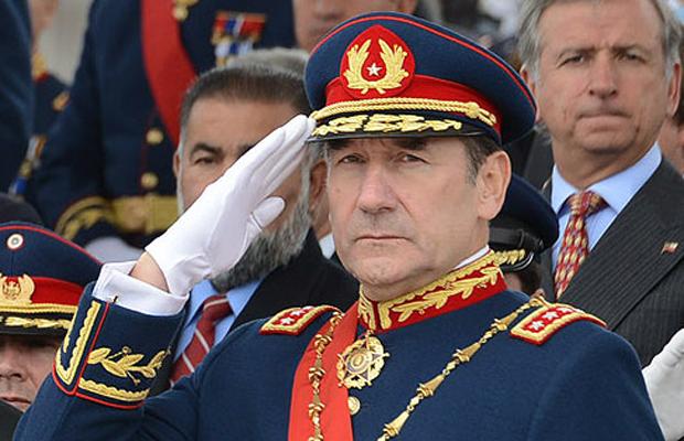 Milicogate: investigan abonos por cerca de $8.000 millones en cuentas del general (r) Juan Miguel Fuente-Alba