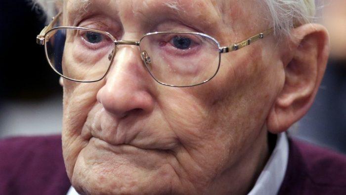 Tribunal alemán declara apto para prisión a ex contador nazi de 96 años