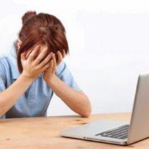 Una de cada cuatro mujeres dice haber sido acosada por internet