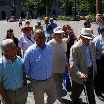 Suprema plantea reparos a proyecto de ley que impide a mayores de 75 años disponer de sus bienes raíces