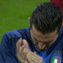 [VIDEO] Gianluigi Buffon aplaudió el himno de Suecia entre las sonoras pifias de los hinchas italianos