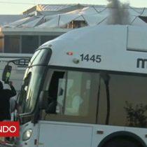 [VIDEO] El momento que un autobús arruina