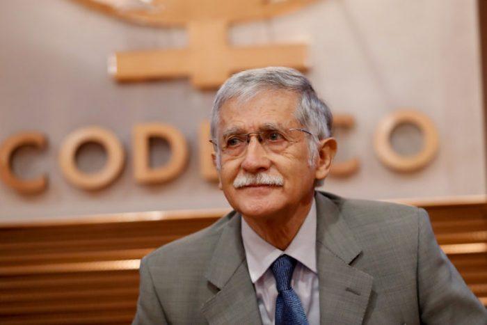 Nelson Pizarro podría permanecer a la cabeza de Codelco más tiempo de lo previsto