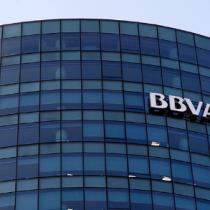 Se cerró venta del BBVA Chile al Scotiabank y finalmente familia Said se quedaría con el 25%