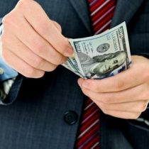 ¿Por qué es una mala idea subir impuestos por crisis COVID?