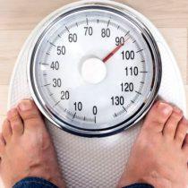 ¿Por qué engordamos cuando nos hacemos mayores (y no solo es culpa de nuestro metabolismo)?