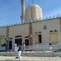 Ataque terrorista en mezquita del Sinaí egipcio deja al menos 184 muertos