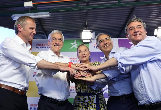 Piñera hace renovación en su comandode cara a la segunda vuelta