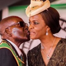 Grace Mugabe, la polémica primera dama de Zimbabwe en el centro de la lucha por el poder en la nación africana
