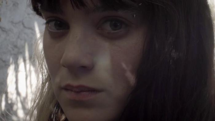 Viejas Amigas Mías: una reflexión entre mujeres sobre las cicatrices y marcas del cuerpo