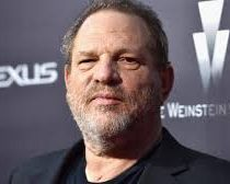 Weinstein llegó a pagar un millón de dólares a una modelo por su silencio