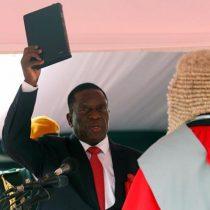 [VIDEO] Mnangagwa toma posesión: el histórico momento en que Zimbabue cambia de líder después de 37 años