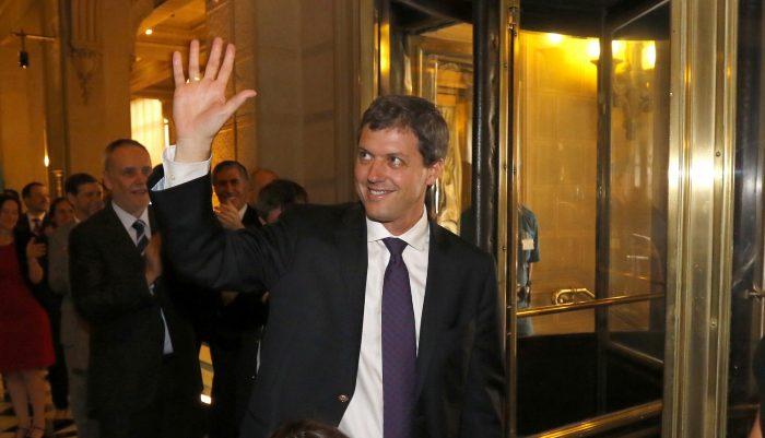 Sebastián Claro deja un recado a ambos candidatos tras su salida del Banco Central: