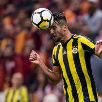 [VIDEO] Se vistió de Viejito Pascuero: el grosero error de Mauricio Isla que le regaló el gol a sus rivales en la liga turca