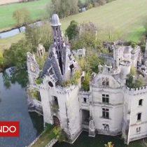 [VIDEO] ¿Por qué más de 6.500 personas compraron un castillo en ruinas en Francia?