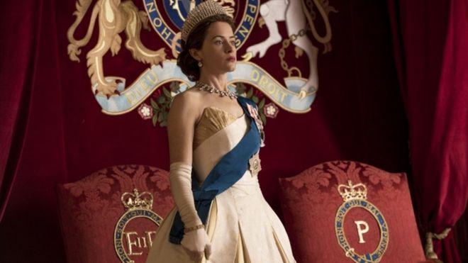 ¿Cuesta más producir la serie The Crown de Netflix o mantener a la verdadera Corona británica?
