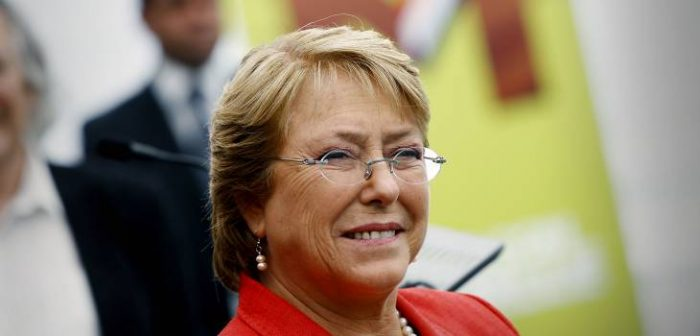 Michelle Bachelet llegó a Cuba para su visita oficial