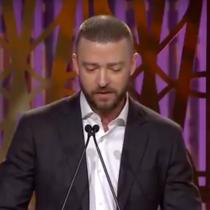 """[VIDEO] Justin Timberlake da emotivo discurso:  """"No eres nada sin la fuerza de las mujeres"""""""