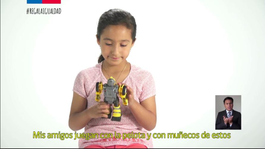 Campaña Regala Igualdad: las pelotas no son solo de los niños ni las muñecas de las niñas