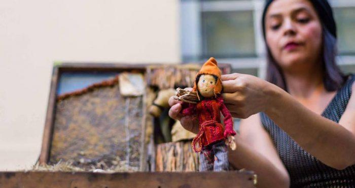 Teatro de muñecos en miniatura Lambe Lambe en Patio Bellavista