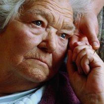Demencia es uno de los factores determinantes  en discapacidad de adultos mayores chilenos