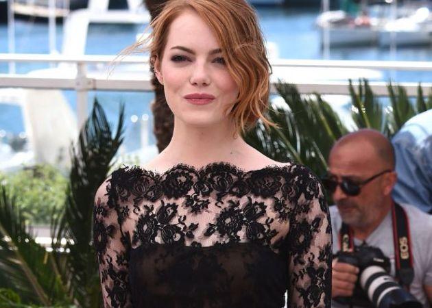 ¿Por qué las actrices de Hollywood están planeando vestirse de negro en la próxima alfombra roja?