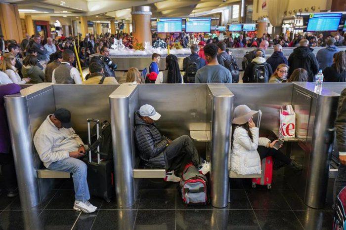 La normalidad vuelve lentamente al aeropuerto de mayor tráfico del mundo