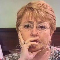 [VIDEO] Las comentadas muecas de Michelle Bachelet previas al llamado a Sebastián Piñera