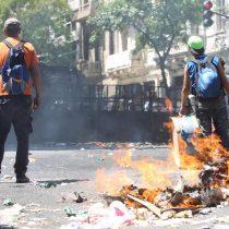 [VIDEO] Se agravan los disturbios en el Congreso argentino por reforma a las pensiones
