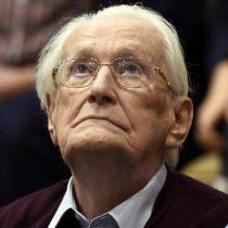 Alemania: aprueban prisión para el «contable de Auschwitz»