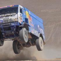 Arqueólogos e indígenas critican duramente la posibilidad de que el Dakar vuelva a Chile con Piñera