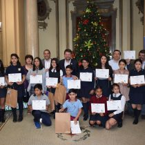 Estudiantes de la Región Metropolitana fueron premiados en el Primer Concurso Regional de Cuentos y Dibujos Ambientales