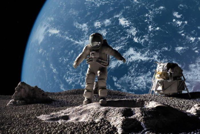 Donald Trump marca como reto regresar a la Luna y llegar a Marte