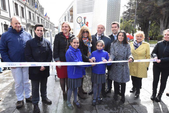 Enap promueve bus educativo en Región de Magallanes