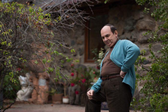 """Miniserie """"Neruda"""": personajes exagerados y poco realistas"""