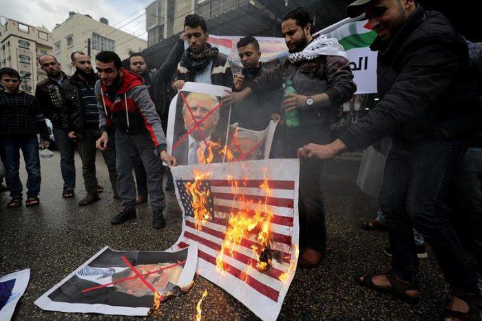 Hamás dice que reconocimiento de EE.UU. sobre Jerusalén
