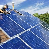 El verano, la mejor época para instalar energía fotovoltaica: expertos explican las ventajas