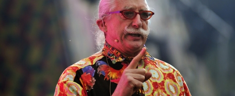 Patch Adams responde a dichos de Trump: