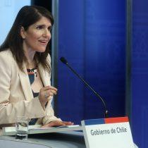 Ministra Narváez cuestiona