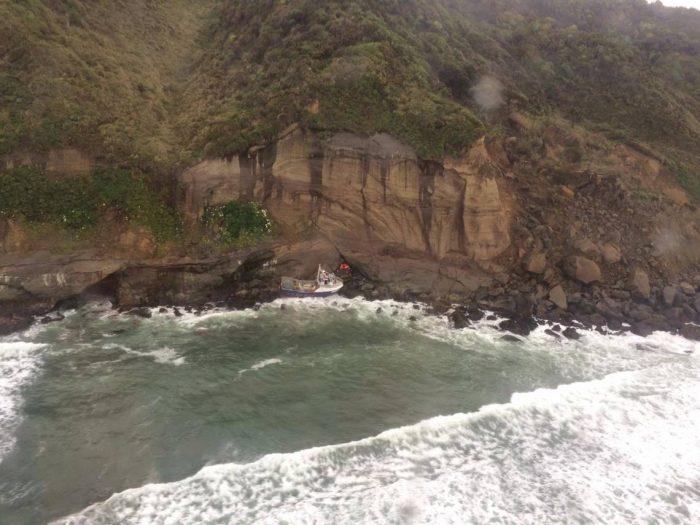 Un muerto, un desaparecido y cuatro pescadores rescatados deja naufragio en Chiloé